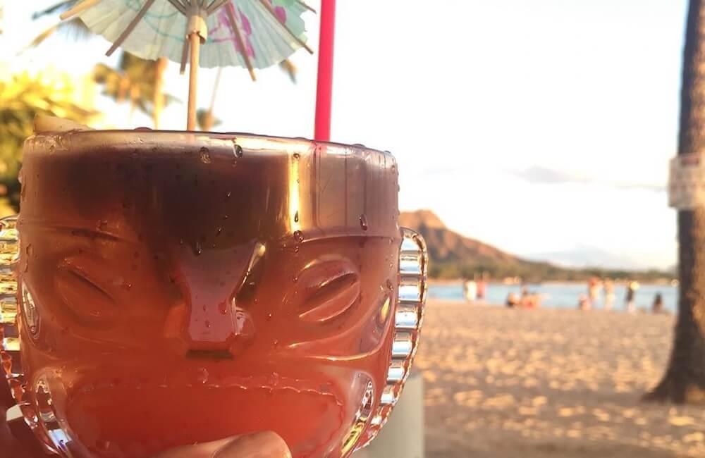 Duke's Waikiki, Oahu Must Dos