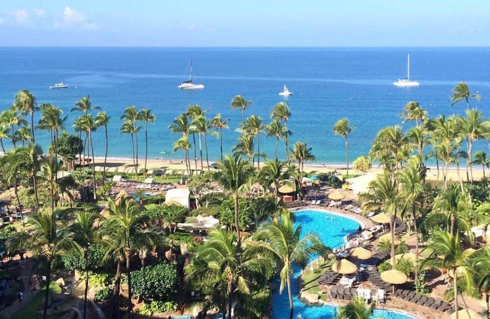 Kaanapali Beach, Oahu<br>📷 @hawaiiadmirer