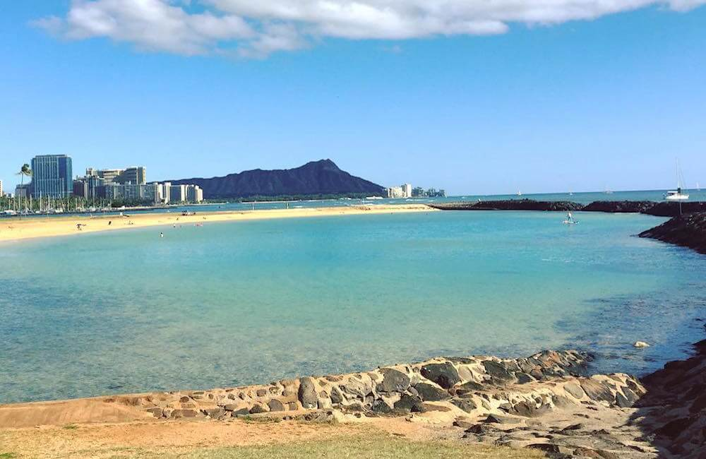 Distance Of Ala Moana Beach Park And Magic Island