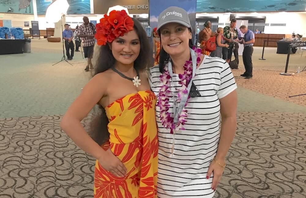 Pride of America, Hawaiian Lei Greeting