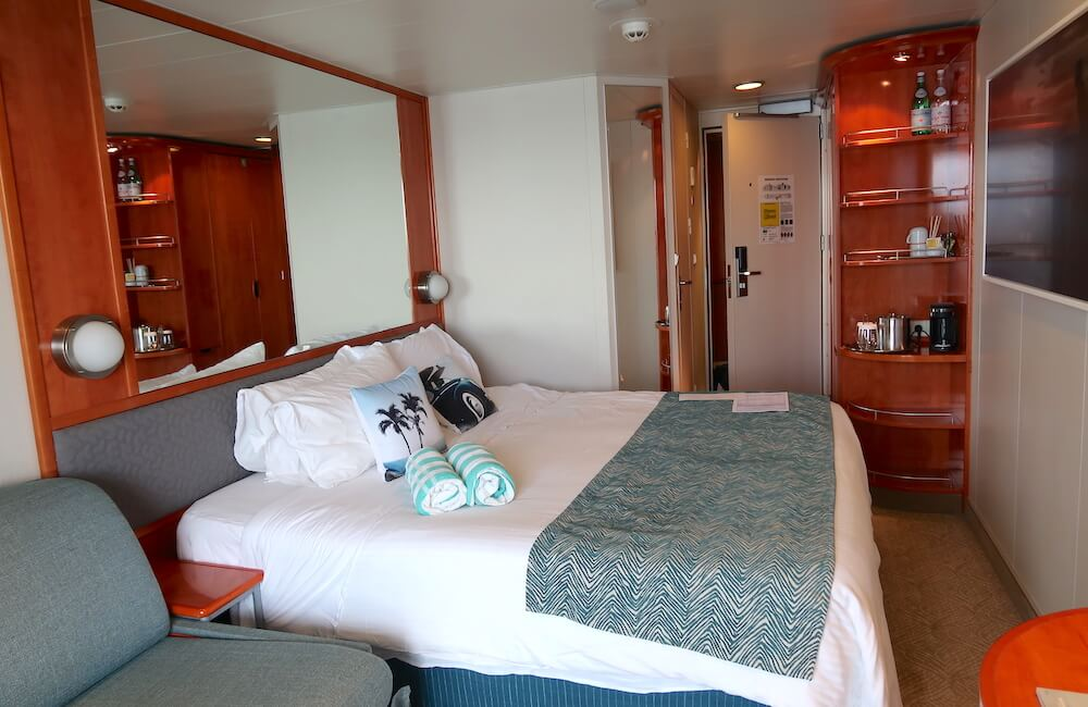 Pride of America, Oceanview Stateroom