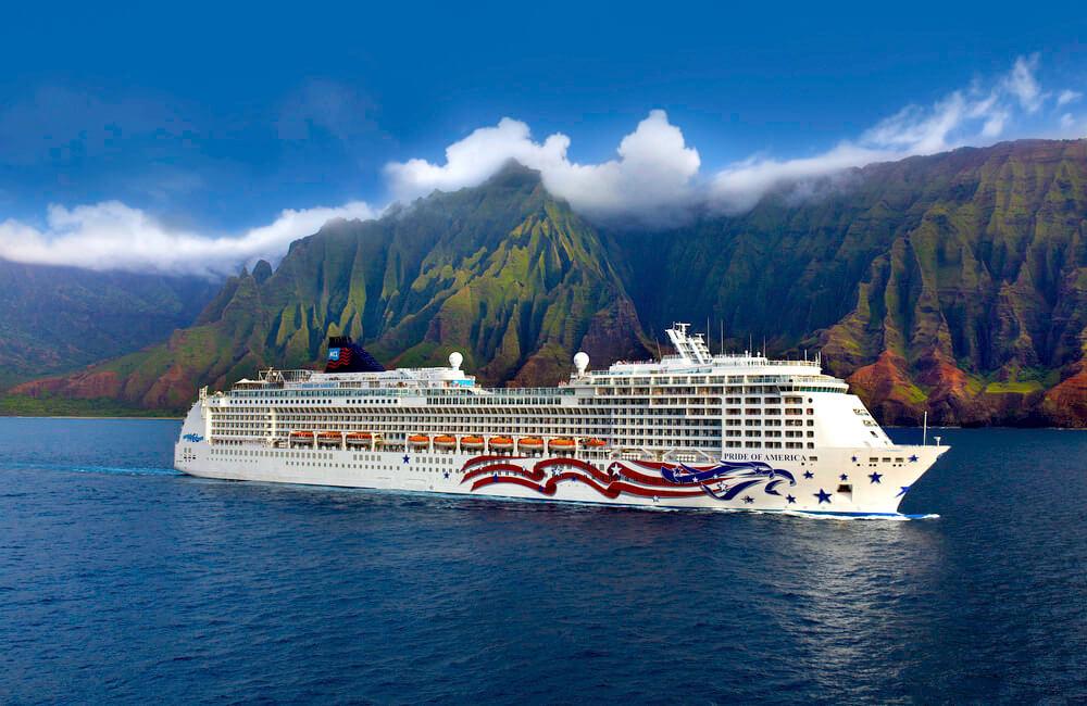 Pride of America, Na Pali Coast, Kauai, Hawaii