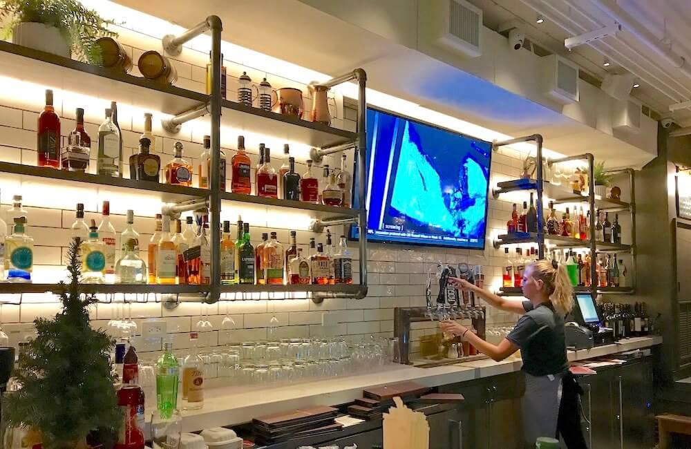 Appetito Craft Pizza & Wine Bar, Waikiki, Oahu
